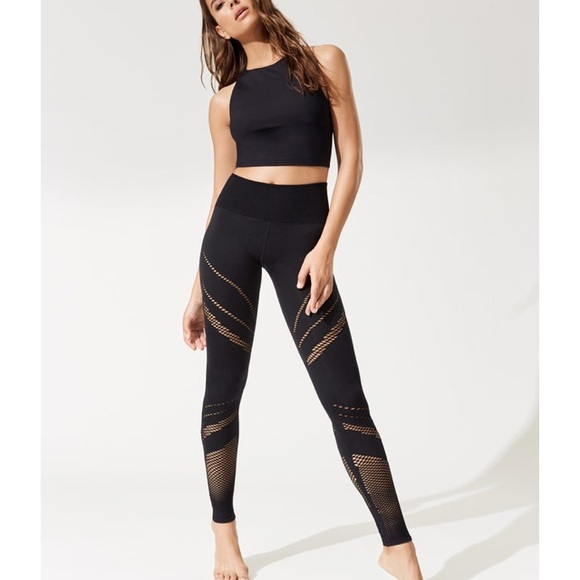 9a23363867 ALO Yoga Pants | High Waist Seamless Radiance Leggings S | Poshmark